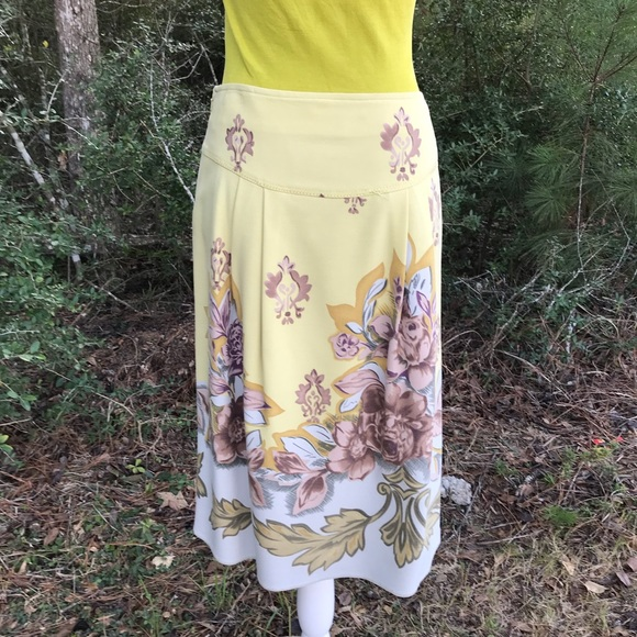 49849a0b1b Anthropologie Skirts | Intuition Floral Skirt Size 4 | Poshmark